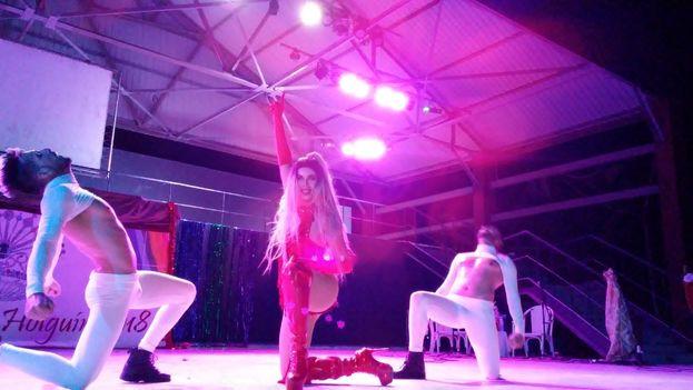 El espectáculo, que rebosó pasión, fuerza y estilo, se podía ver por 2 CUC. (Leonardo del Valle / 14ymedio)