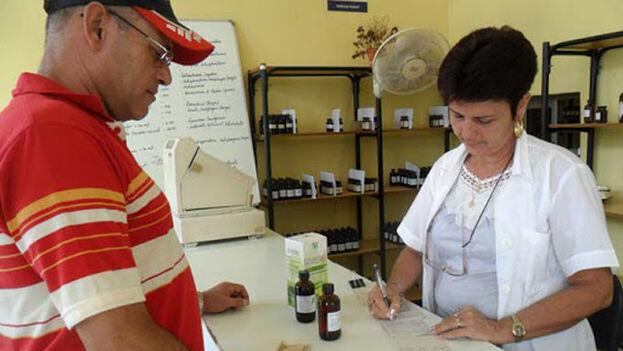 La homeopatía, cuyo único efecto es el placebo, ha sido usada y promovida en Cuba mientras en Europa, incluso en países donde ha sido muy popular, pierde fuelle. (ANC)