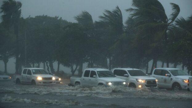 A pesar de las inundaciones, la tormenta Fred bajó de intensidad este miércoles. (EFE)