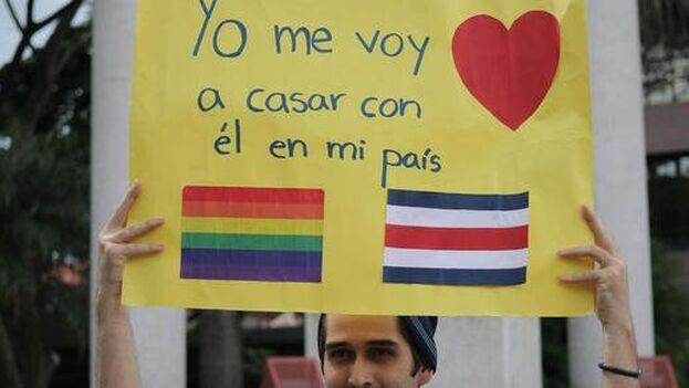 Este martes entró en vigor la ley de matrimonio igualitario en Costa Rica, séptimo país americano en aprobarlo.