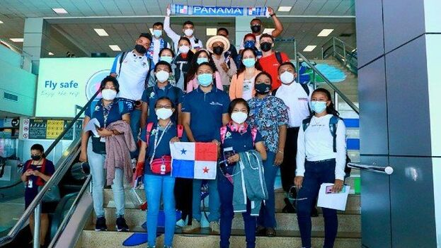 Los jóvenes panameños fueron seleccionados entre los alumnos con mejores calificaciones de los colegios públicos. (Ifarhu)