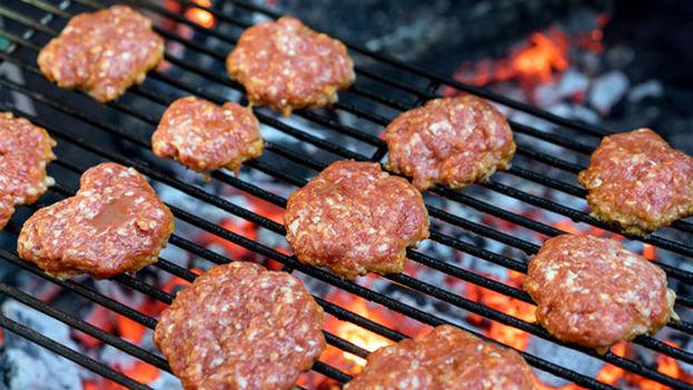 La carne procesada puede contener sustancias químicas que se forman durante su tratamiento. (Fotolia)
