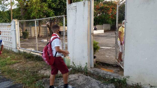 Las clases se reanudaron el pasado 1 de septiembre en todas las provincias menos en La Habana. (14ymedio)