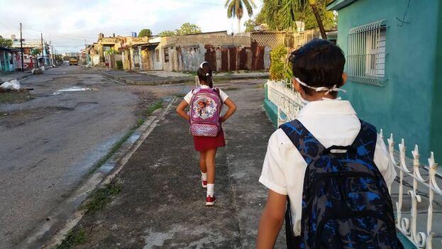 Este 1 de septiembre comenzaron las clases en todas las provincias menos en La Habana, donde se intenta contener con duras medidas los contagios de covid-19. (14ymedio)