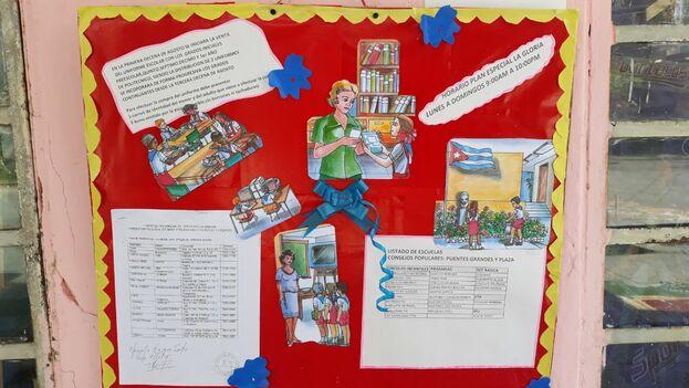 La venta de uniformes se da a conocer en los murales de las escuelas. (14ymedio)