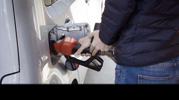 Aunque los neumáticos están fabricados para que consuman menos, poder disminuir el uso del combustible siempre es bueno para todos